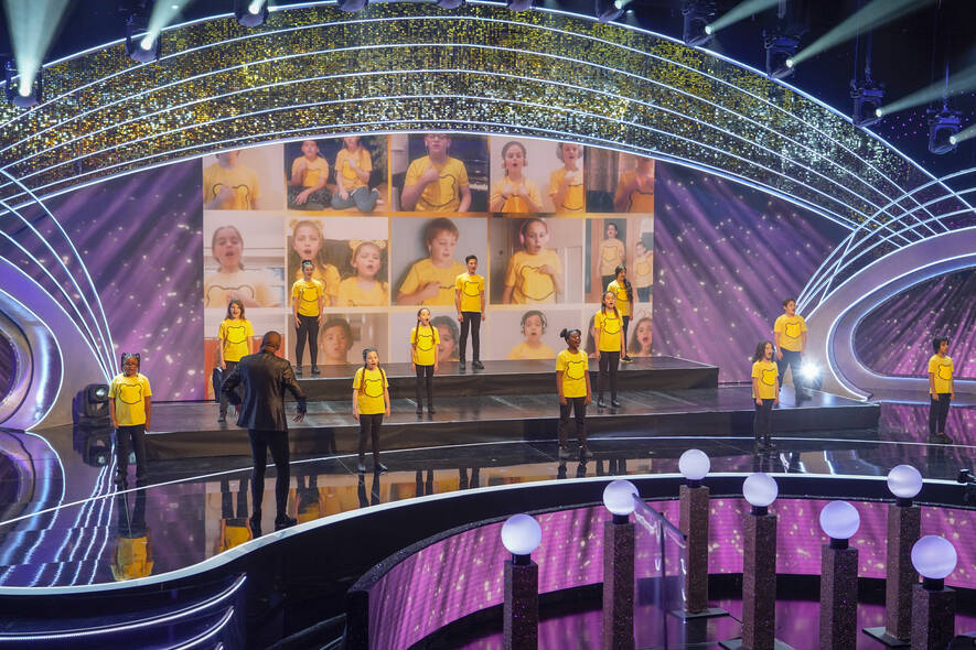Stagecoach students perform at 40th anniversary of BBC's Children in Need